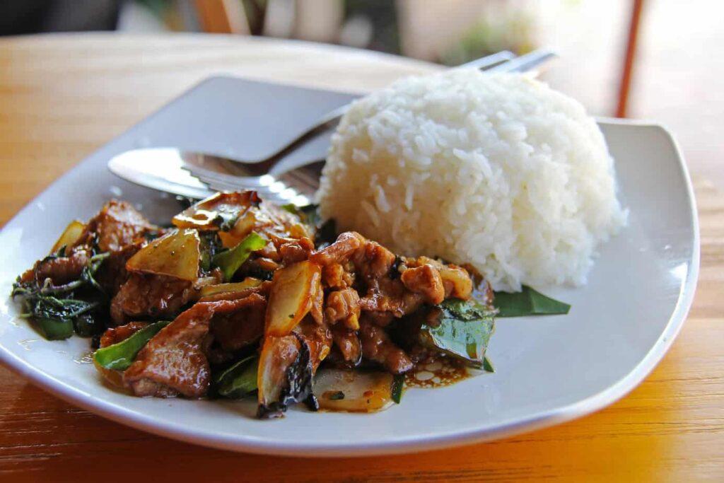 phakhao lao best restaurants in vientiane