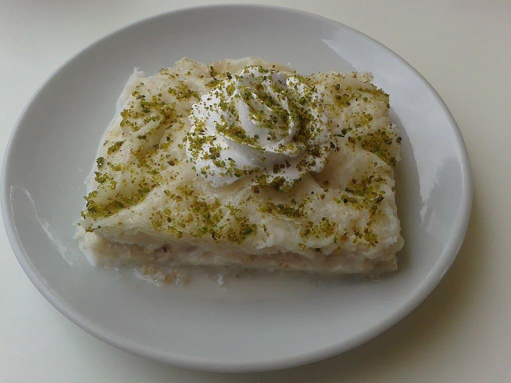 turkish desserts Güllaç